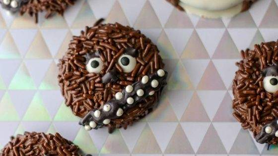 Oreos decorated to look like Chewbacca from Star Wars